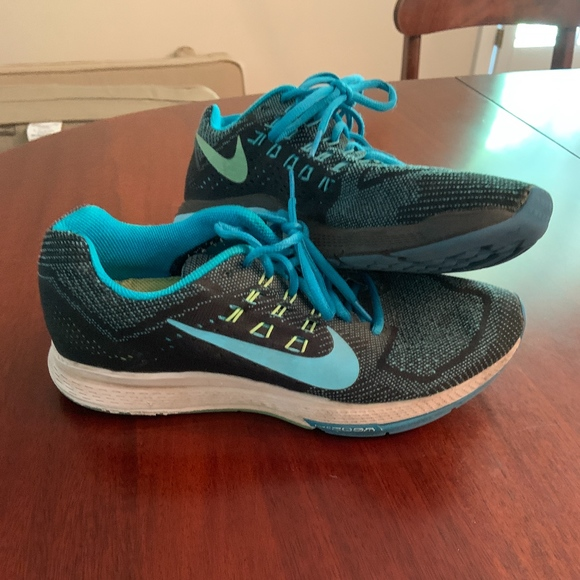 best loved b5c12 1a8a3 Nike Air Zoom Structure 19 Mens Running Shoes
